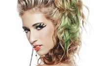 2013-makeup-trend-50-shades-of-green-side